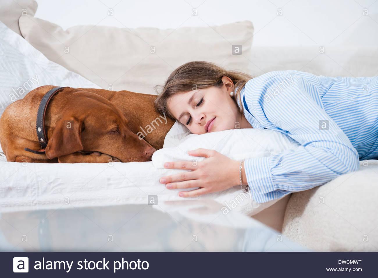 frau und hund porno