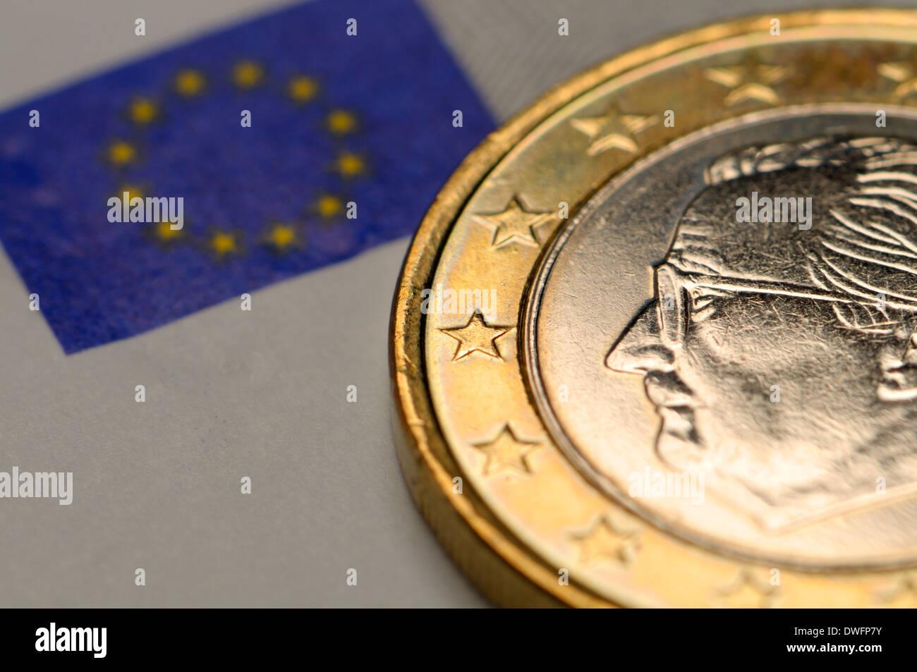 Belgien 1 Euro Münze Auf 5 Euro Hinweis Stockfoto Bild