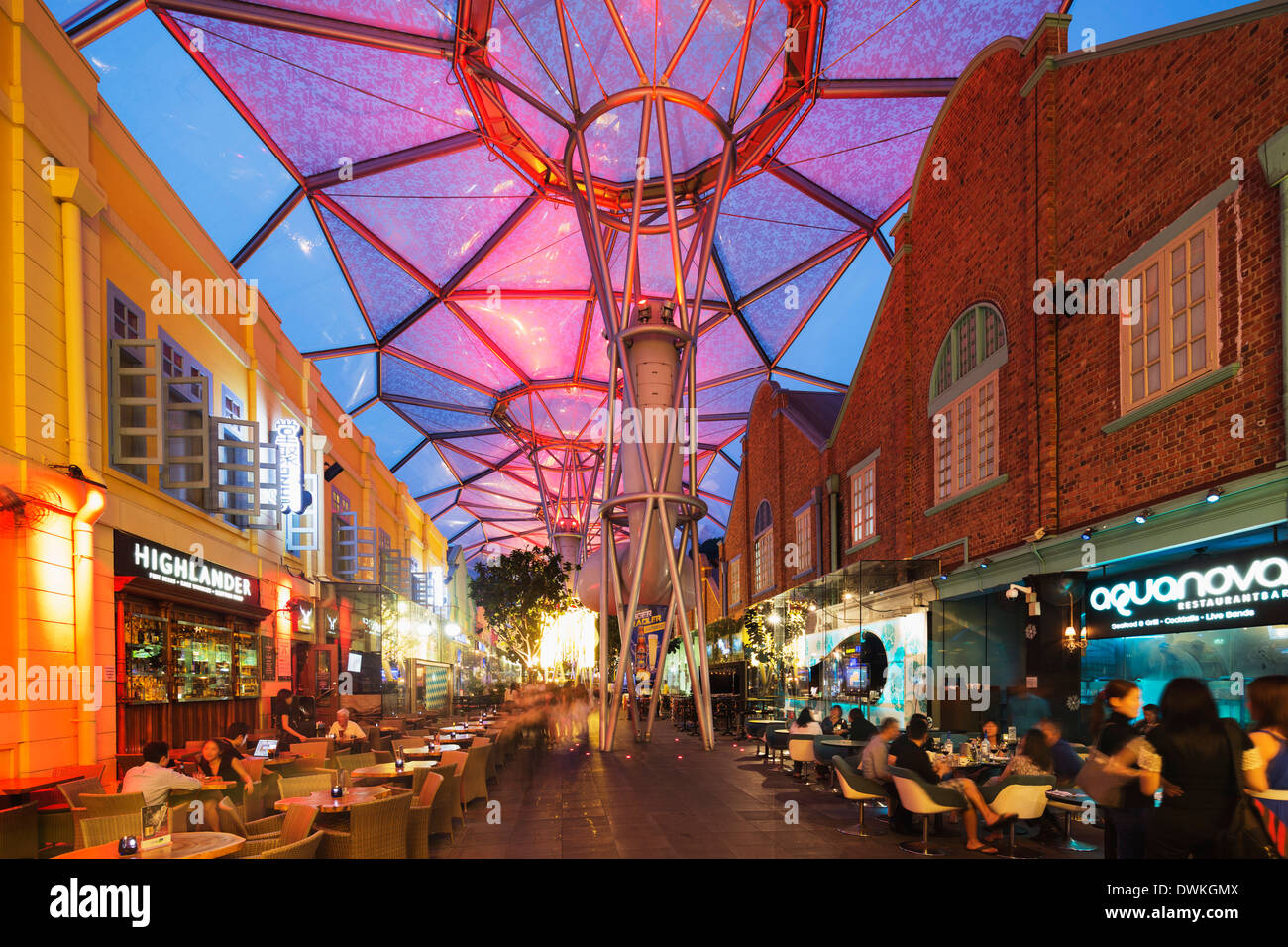 Nachtleben, Clarke Quay, Singapur, Südostasien, Asien Stockbild