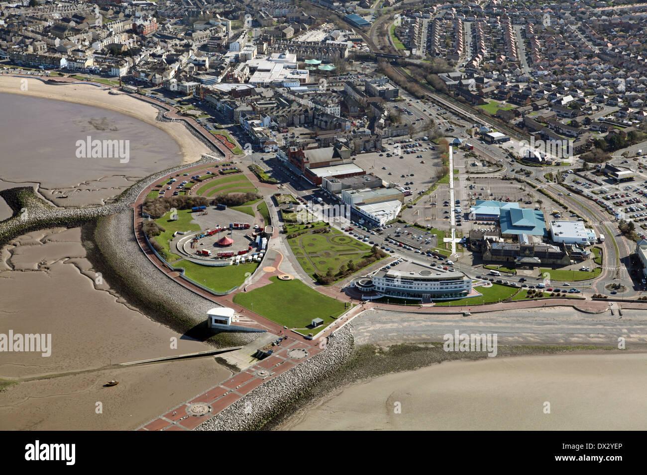 Luftbild von Morecambe Stadt, Morecambe Leisure Park, direkt am Meer und Strände in Lancashire Stockbild