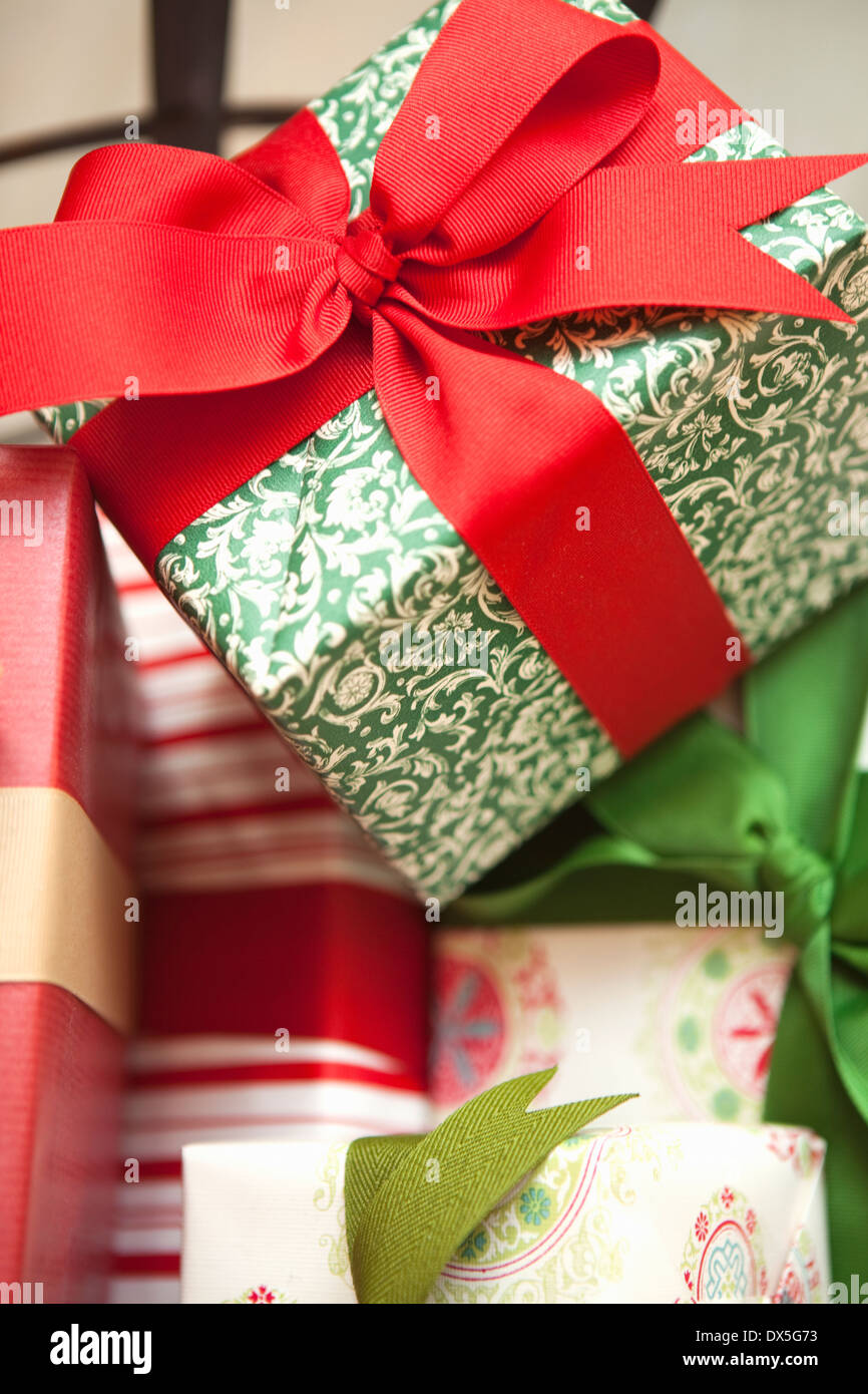 Wrapped Up Present Stockfotos & Wrapped Up Present Bilder - Alamy