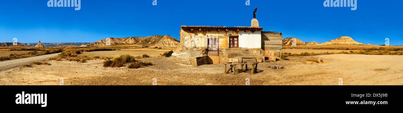 Hütte im Bereich Bardena Blanca Bardenas Riales Naturpark, Navarra, Spanien Stockfoto