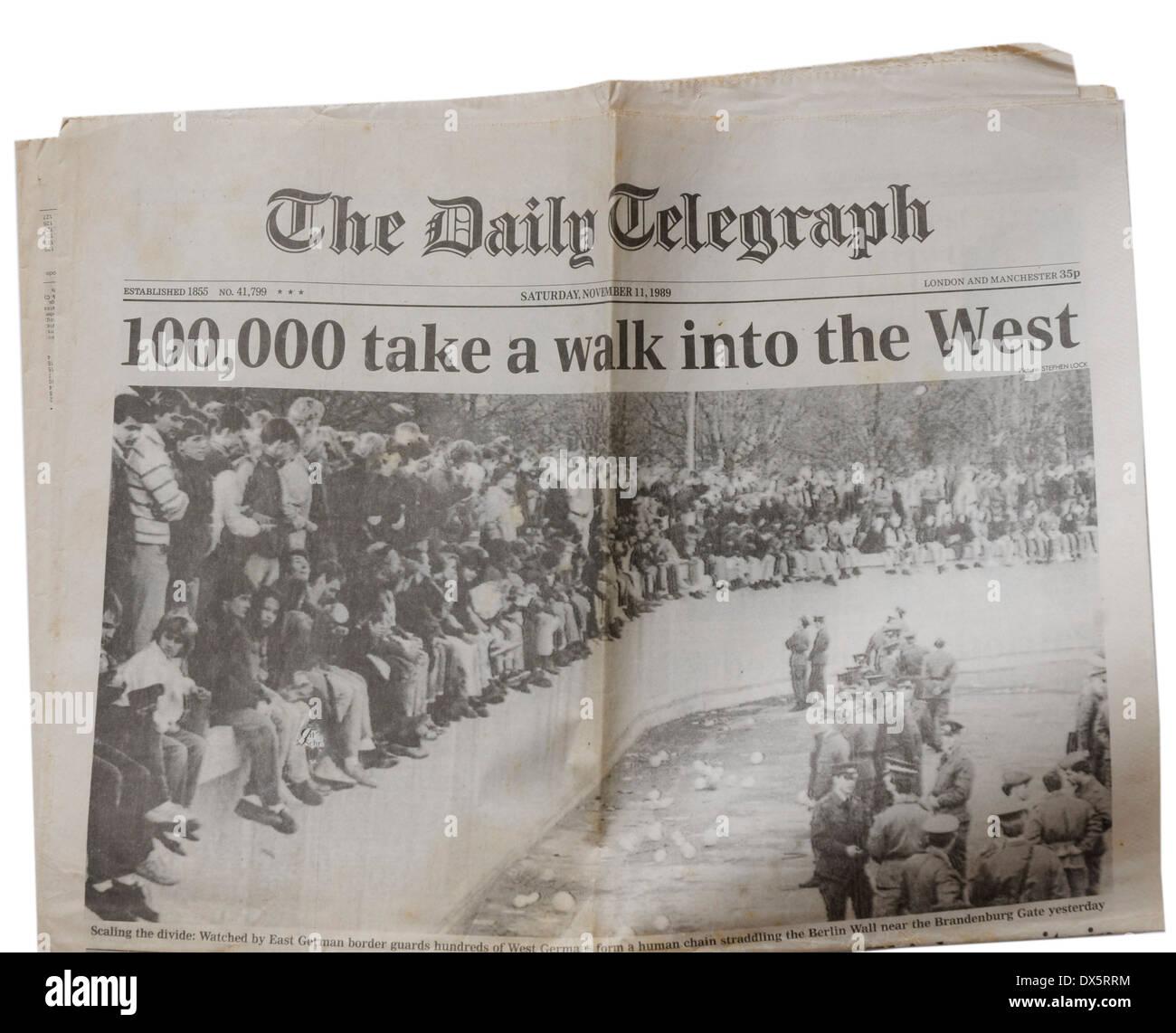 Der Daily Telegraph vom 11. November 1989 verkündet des Falls der Berliner Mauer Stockbild
