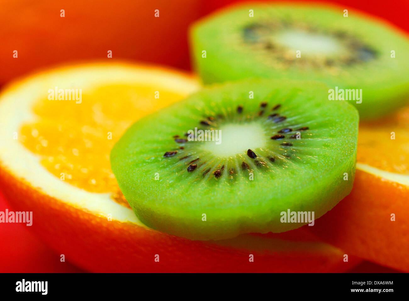 Orange und Kiwi Stockbild