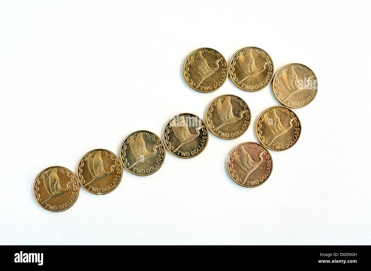 Ein Aufwärtstrend Pfeil Aus Neuseeland Zwei Dollar Münzen