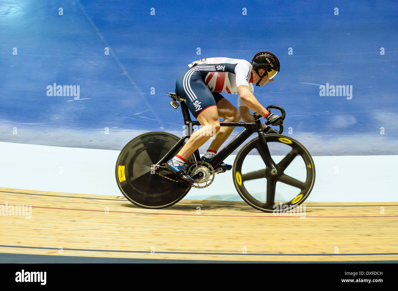 Olympische Championr Jason Kenny racing Revolution Serie trifft im Manchester Velodrome oder National Cycling Centre Stockbild