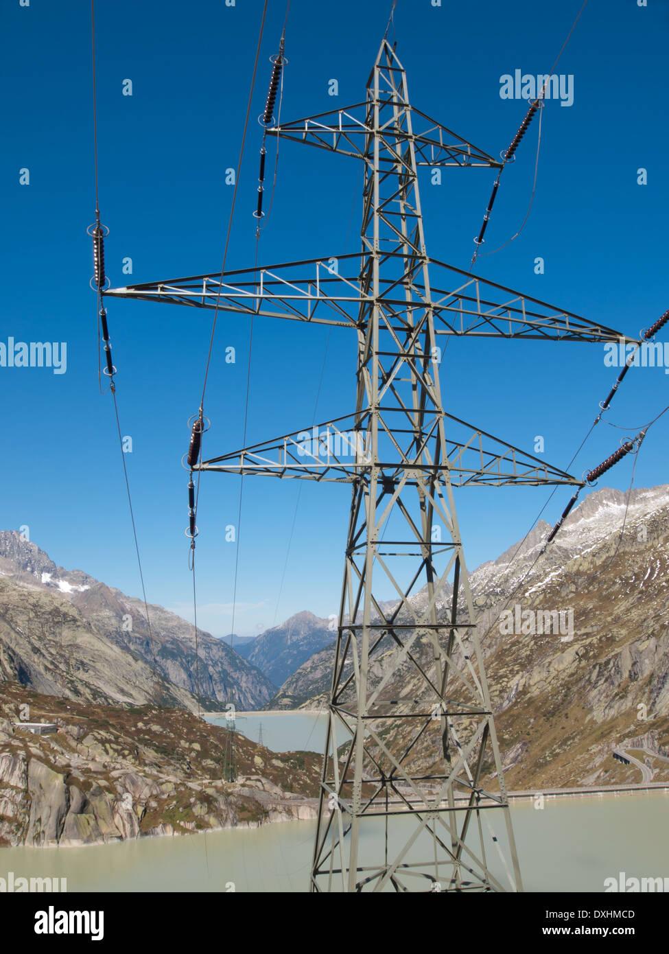 Wunderbar Spleißen 220 Volt Elektrische Drähte Bilder - Elektrische ...