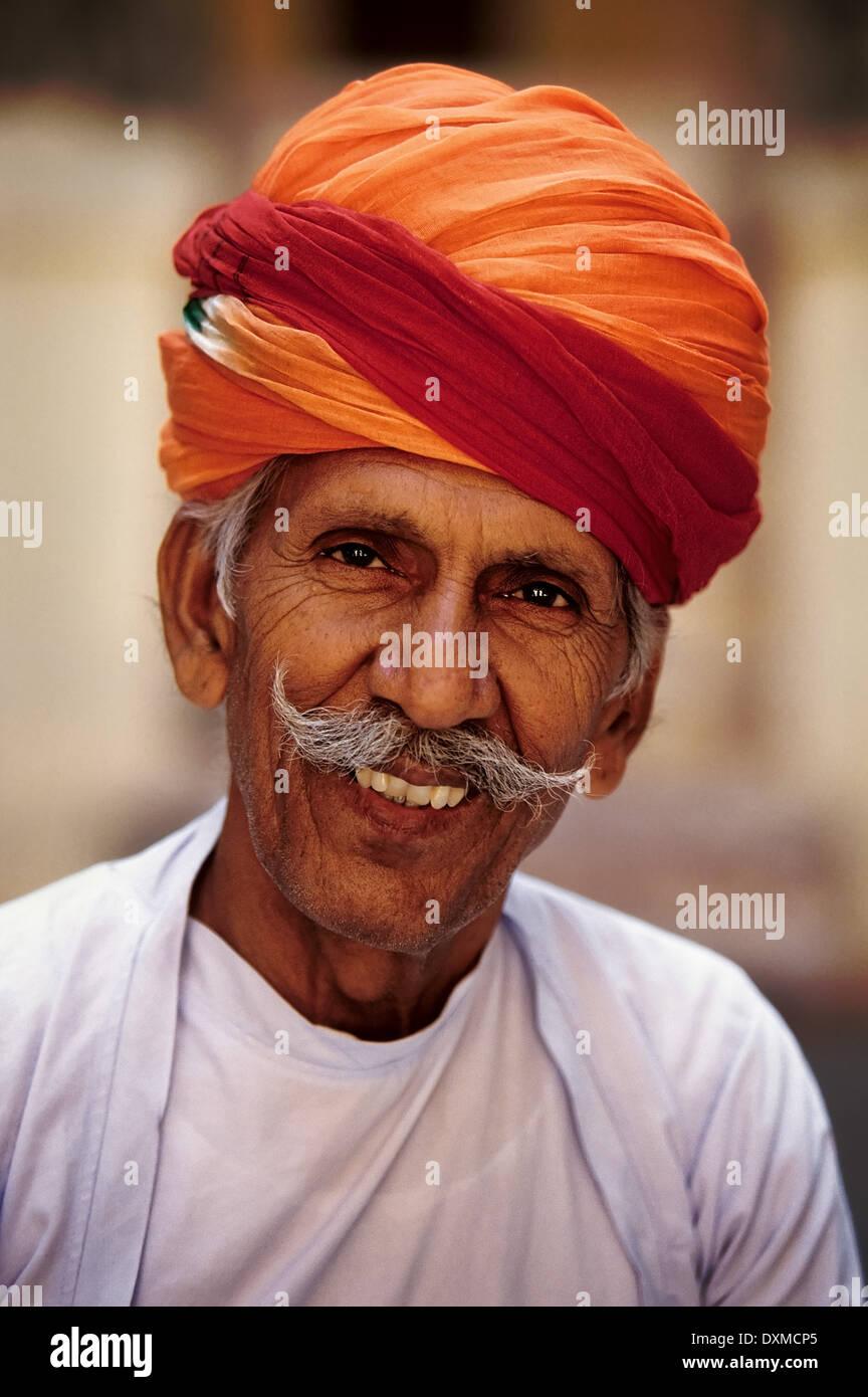 Indische Mann-Datierung