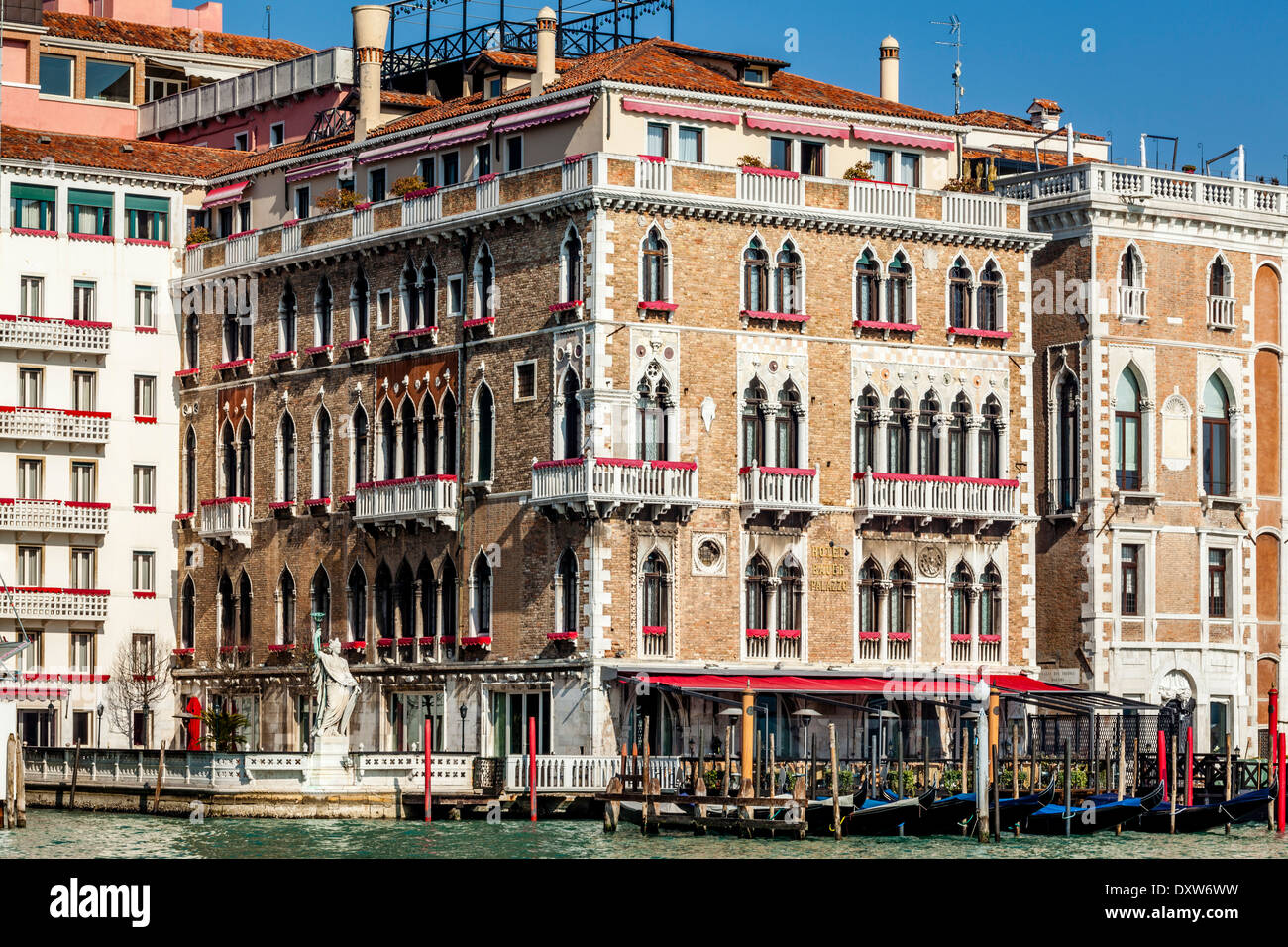 hotel bauer palazzo der canal grande venedig italien stockfoto bild 68166389 alamy. Black Bedroom Furniture Sets. Home Design Ideas
