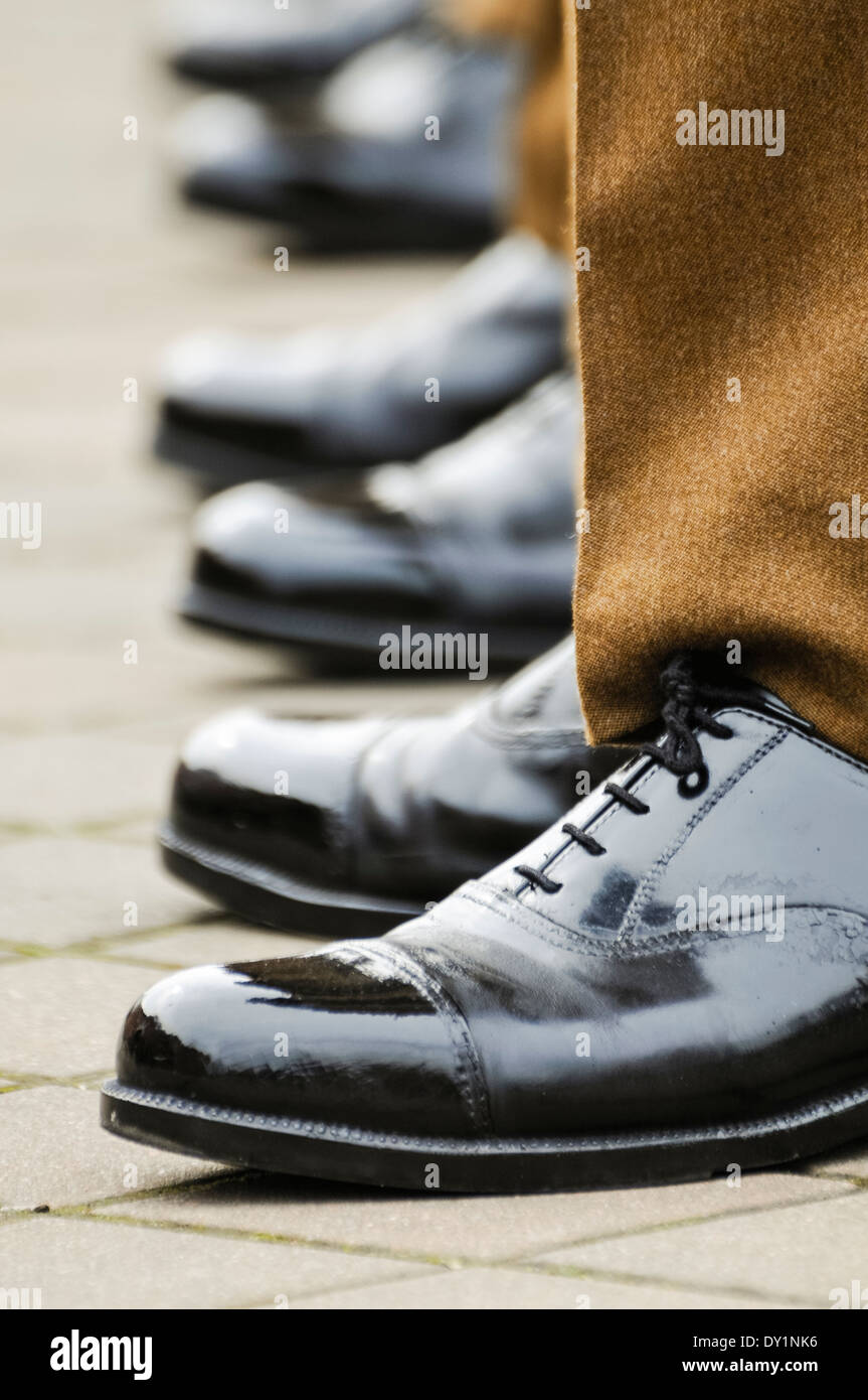 Soldiers Army Boots Stockfotos & Soldiers Army Boots Bilder