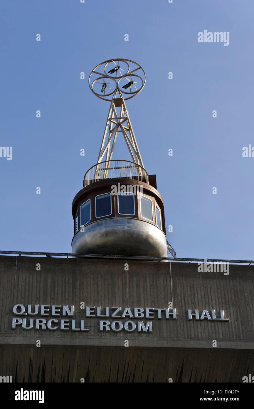 Ein Zimmer Fur London Ist Ein Schlafzimmer Sitzen Auf Der Queen