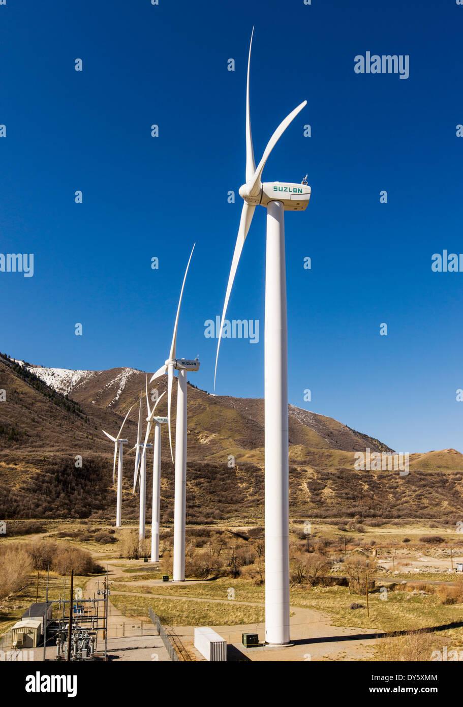 Windkraftanlagen zur Erzeugung von Strom, Spanish Fork, Utah, USA Stockbild