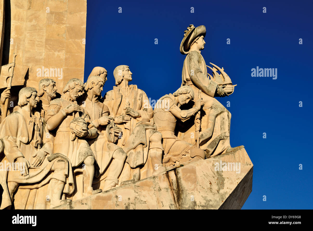 Portugal, Lissabon: Detail des Denkmals der Entdeckungen Stockbild