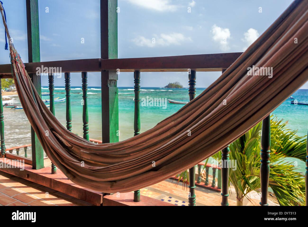 Wunderbar Balkon Hängematte Ideen Von Hängematte Auf Dem Mit Blick Auf Das