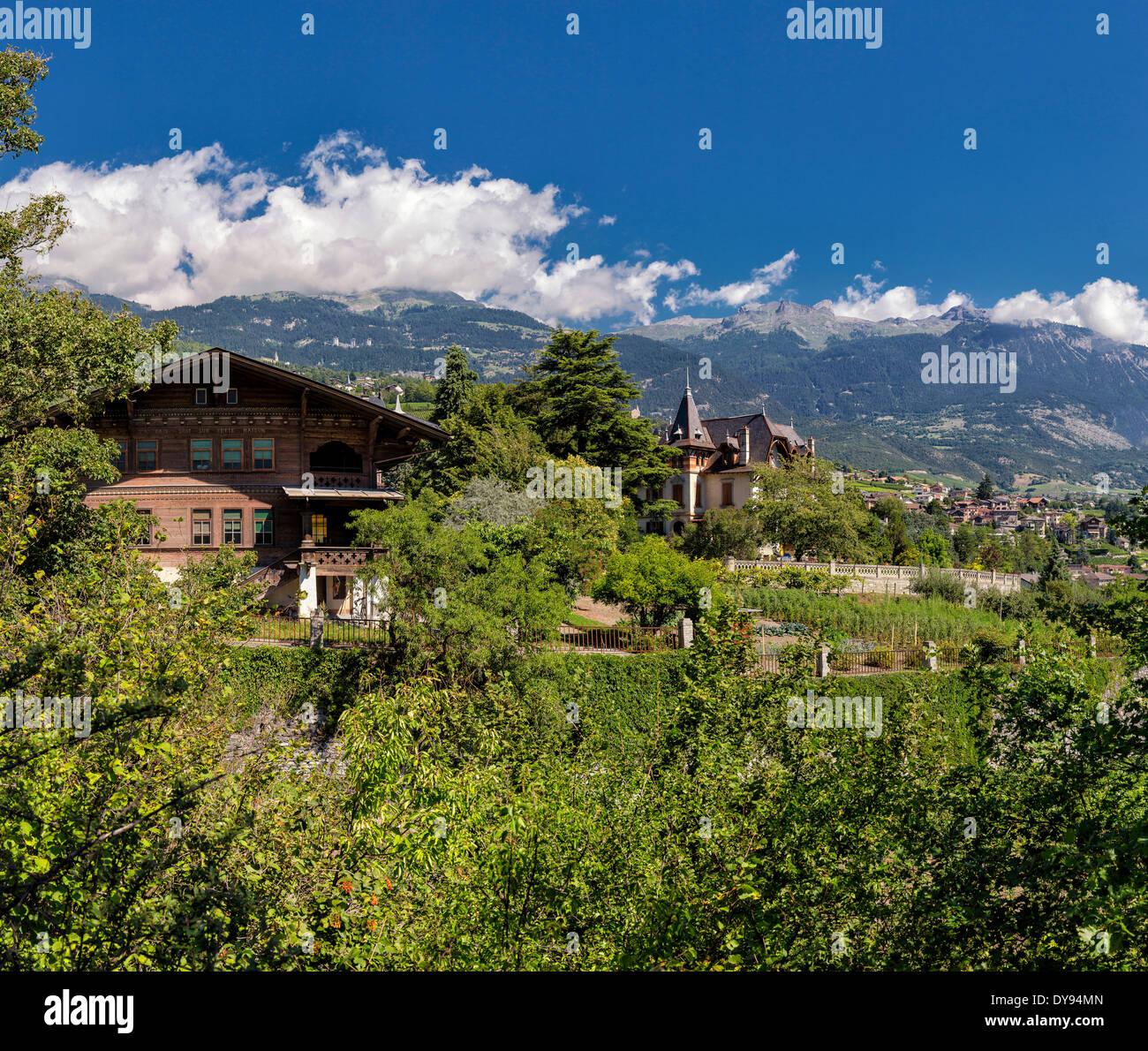 Haus Berge: Sierre Valais Switzerland Stockfotos & Sierre Valais