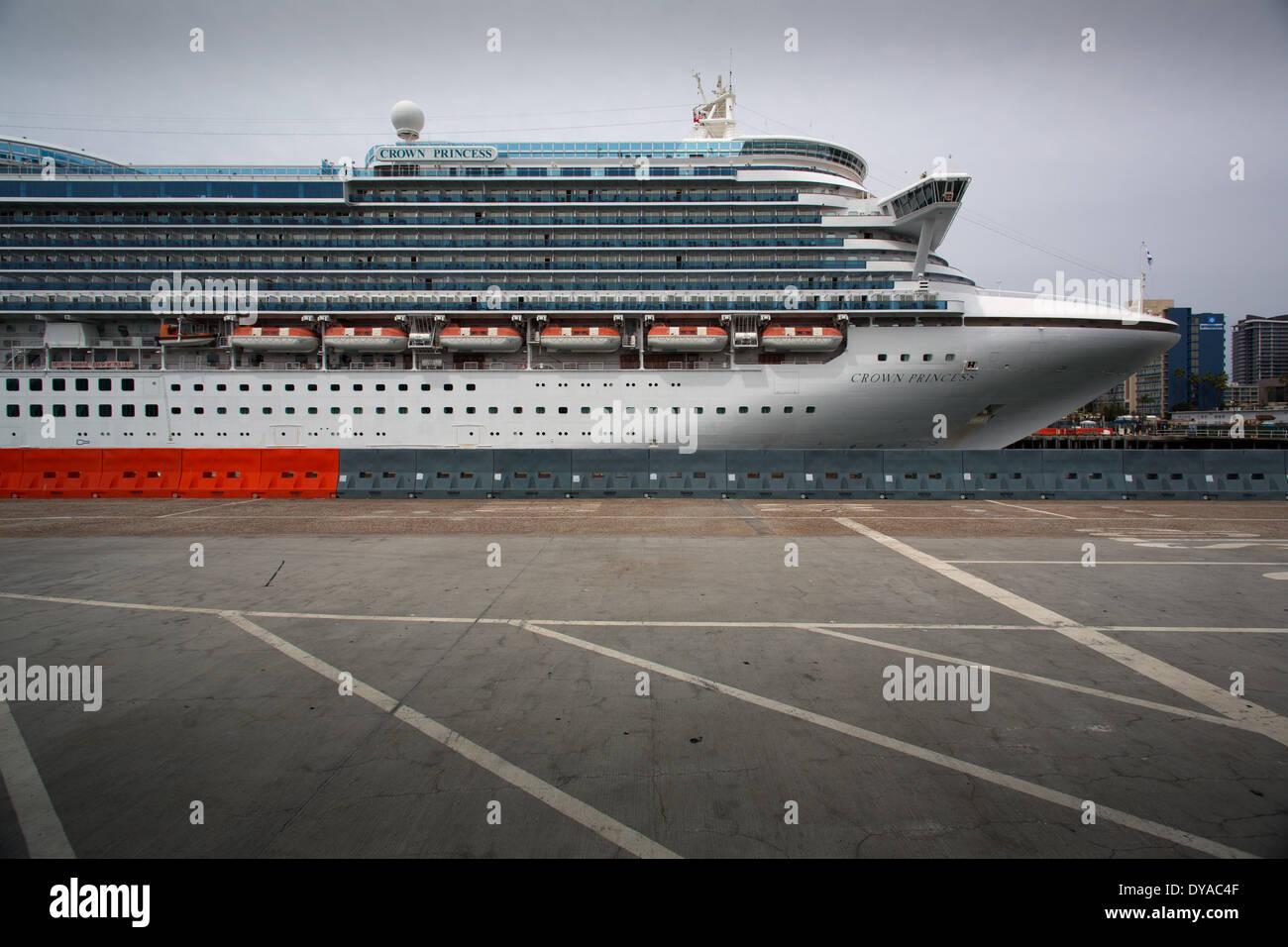 Während einer 7-tägigen Reise starrte in LA bekam 94 Passagiere und 23 Besatzungsmitglieder an Bord des Kreuzfahrtschiffes Kronprinzessin am 10. April 2014 durch das hoch ansteckende Norovirus geschlagen. Stockbild