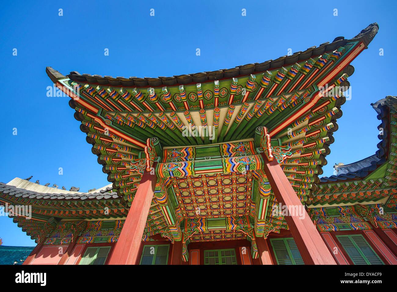 Welterbe, Gyeongbokgung, Korea, Seoul, Asien, Architektur, Decke, bunte, Geschichte, Schloss, Tourismus, Reisen, Unesco Stockbild
