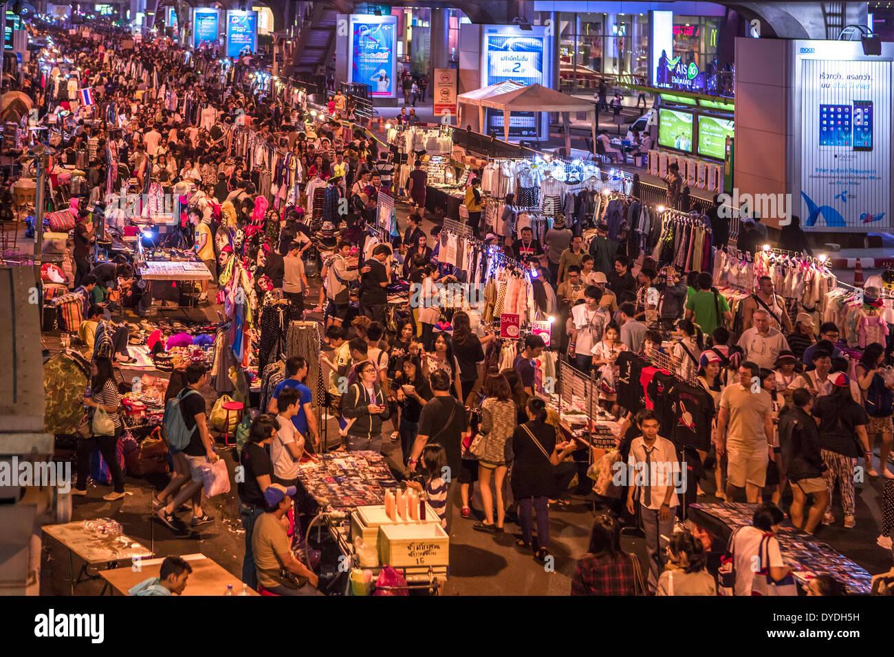 Bangkok, Stadt, Thailand, Asien, Demonstration, Innenstadt, Nacht, Markt, Menschen, politische, Stockbild
