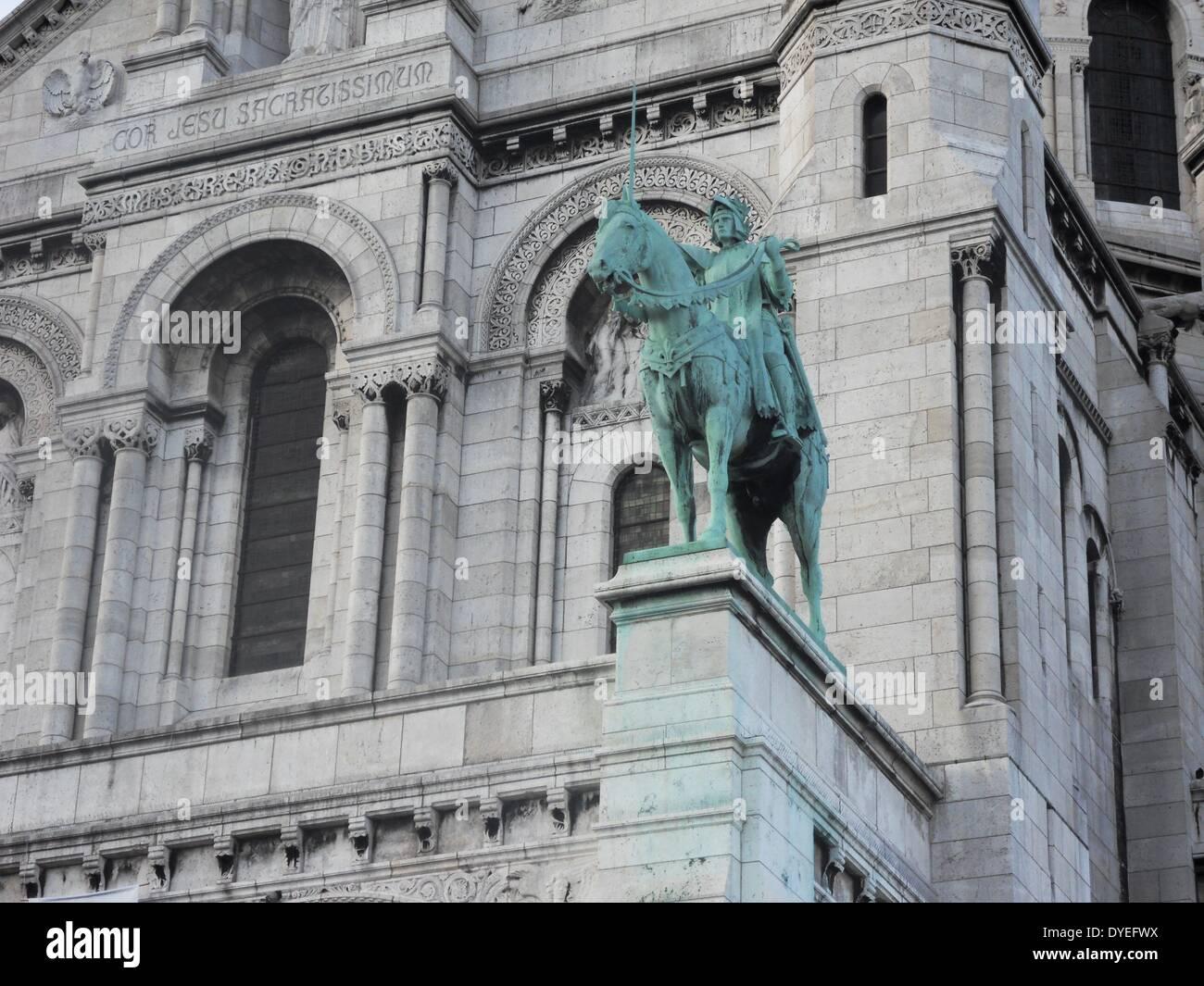 Blick auf ein Reiterstandbild von Saint Joan of Arc 2013 A.D. Stockbild