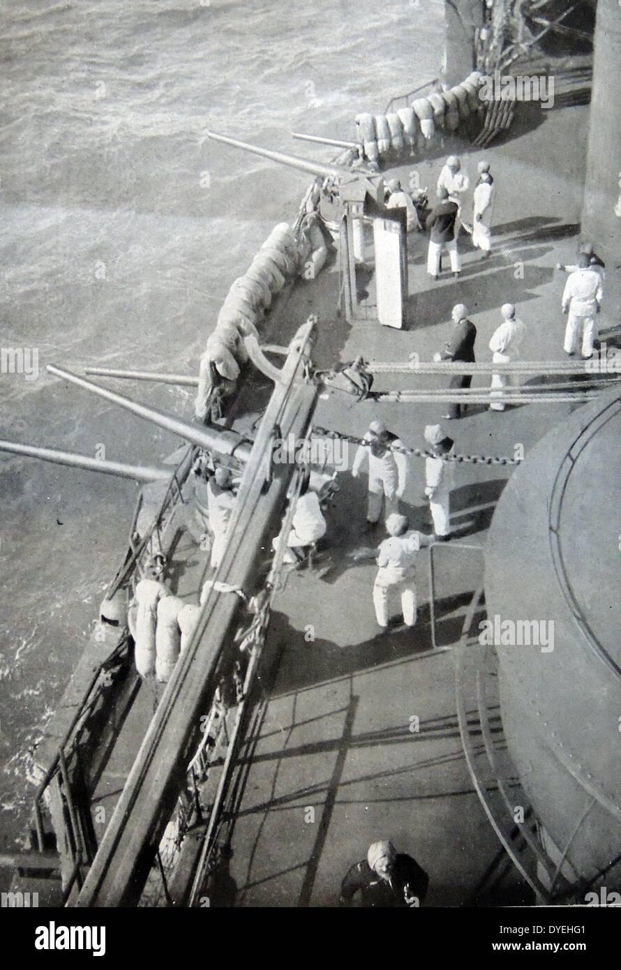 Besatzung von einem französischen Schlachtschiff in der Nähe von Gallipoli Stockbild