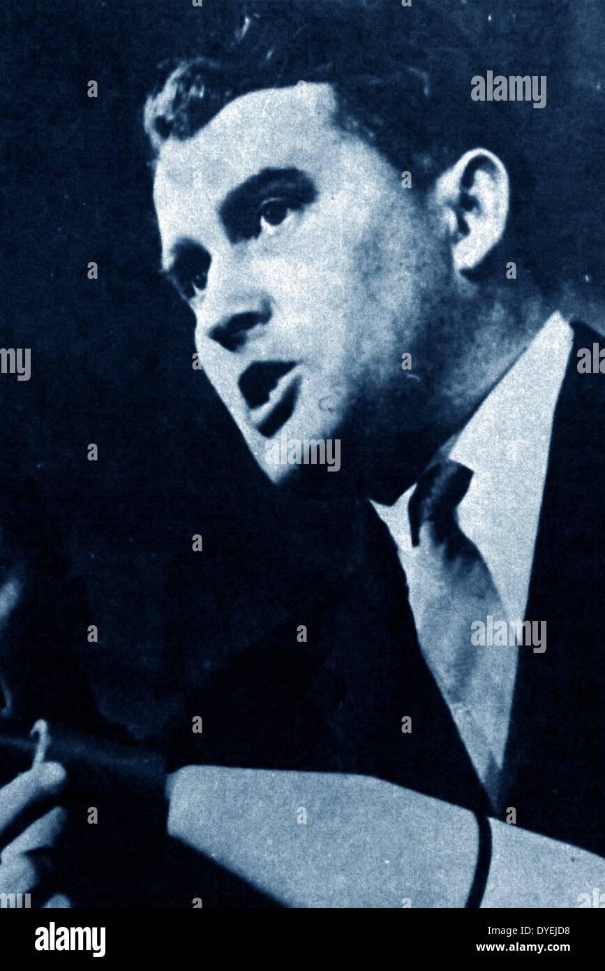 Wernher von Braun (März 23, 1912 - Juni 16, 1977). Deutsch, und später eingebürgert, amerikanischer Raketenwissenschaftler, und eine der führenden Persönlichkeiten in der Entwicklung der Raketentechnik im nationalsozialistischen Deutschland während des Zweiten Weltkrieges und danach in den Vereinigten Staaten. Stockfoto