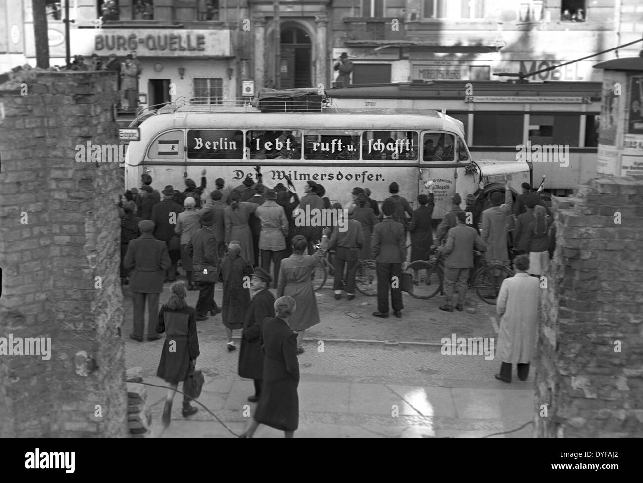 berlin blockade 1949 stockfotos berlin blockade 1949 bilder alamy. Black Bedroom Furniture Sets. Home Design Ideas