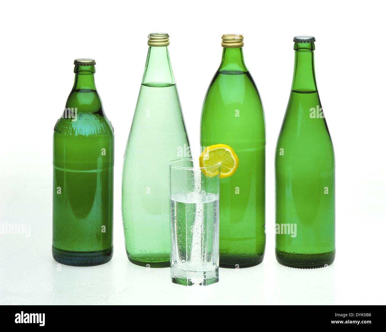 Gegenspieler Sorten Mineralwasser in Flaschen verschiedene Sorten ...