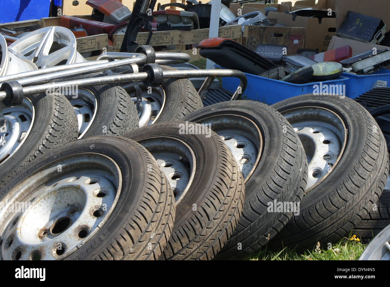 Spare Tires Stockfotos & Spare Tires Bilder - Alamy