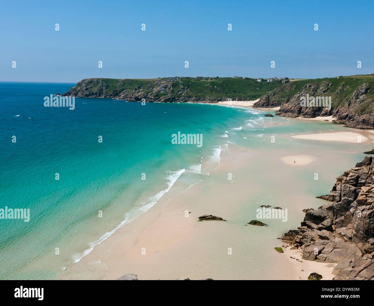 Pedn Vounder Strand von Porthcurno, Cornwall in Großbritannien Stockbild