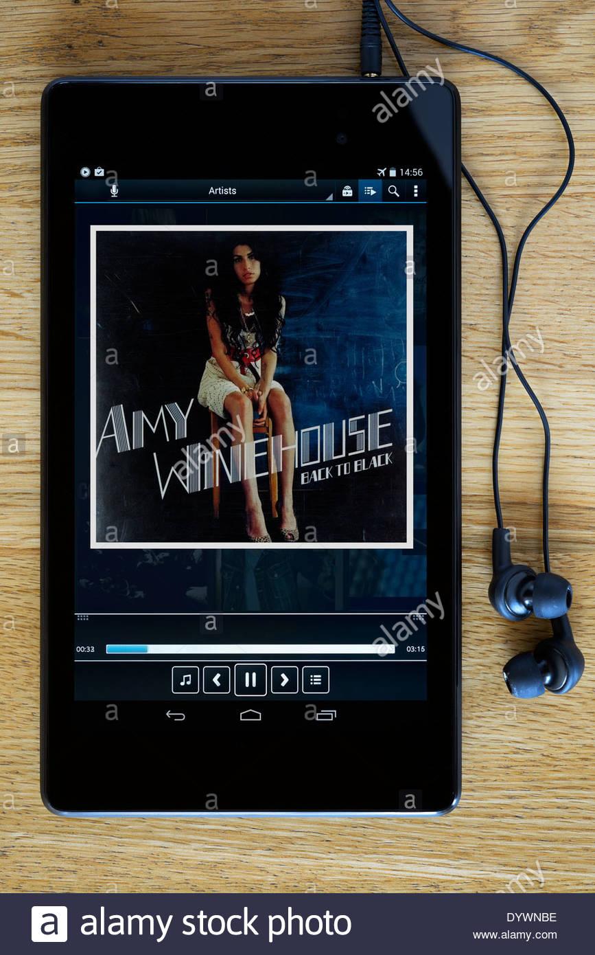 Amy Winehouse Back To Black Mp3 Album Cover Auf Pc Tablet England Stockfotografie Alamy