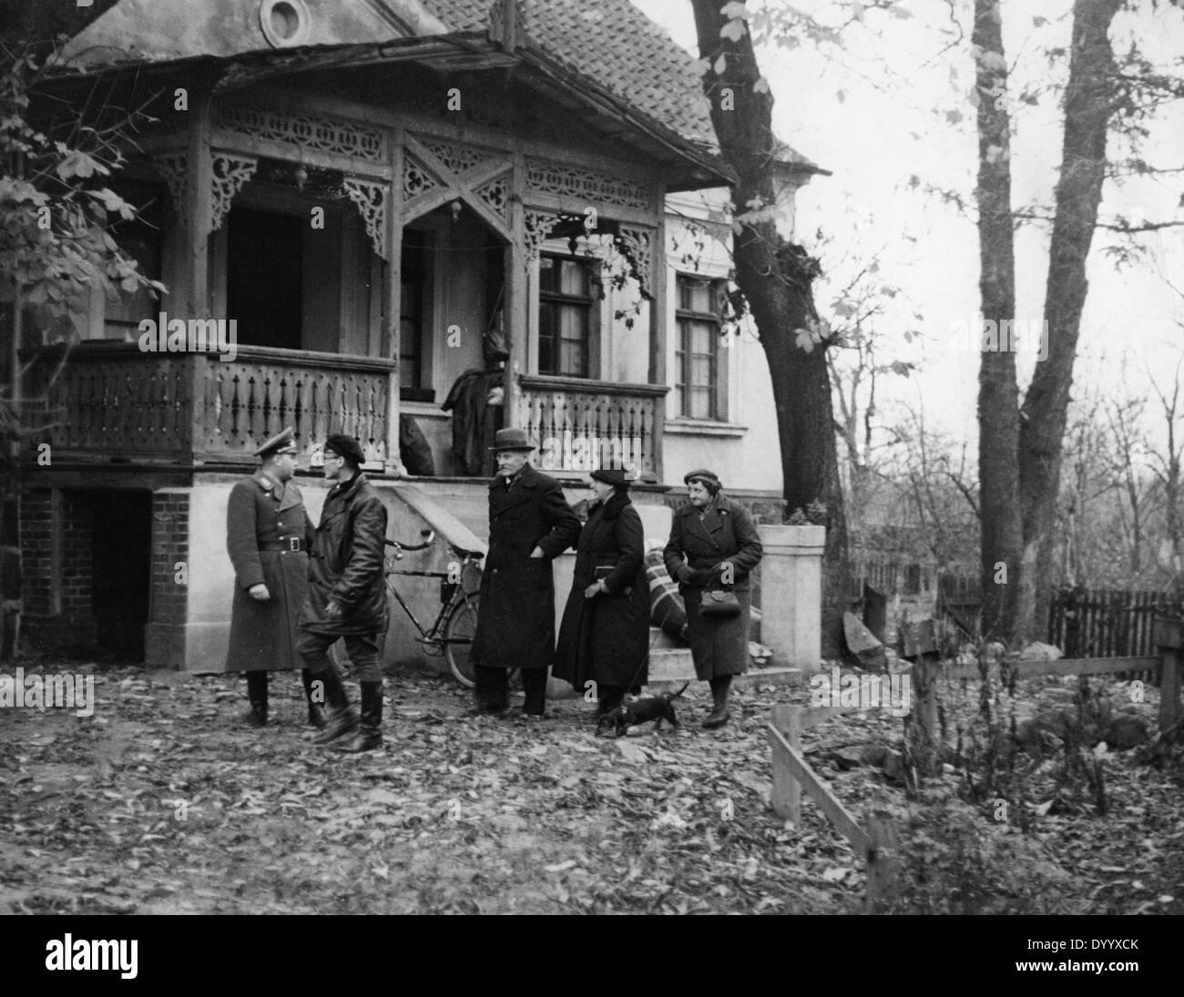 Zuweisung eines Hofes an deutschen Nachfahren in Polen, 1939 Stockfoto
