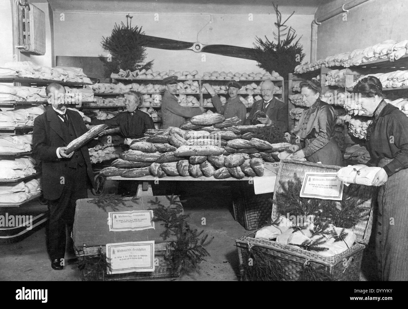Weihnachts-Spenden für deutsche vorderen Soldaten, 1917 Stockfoto ...