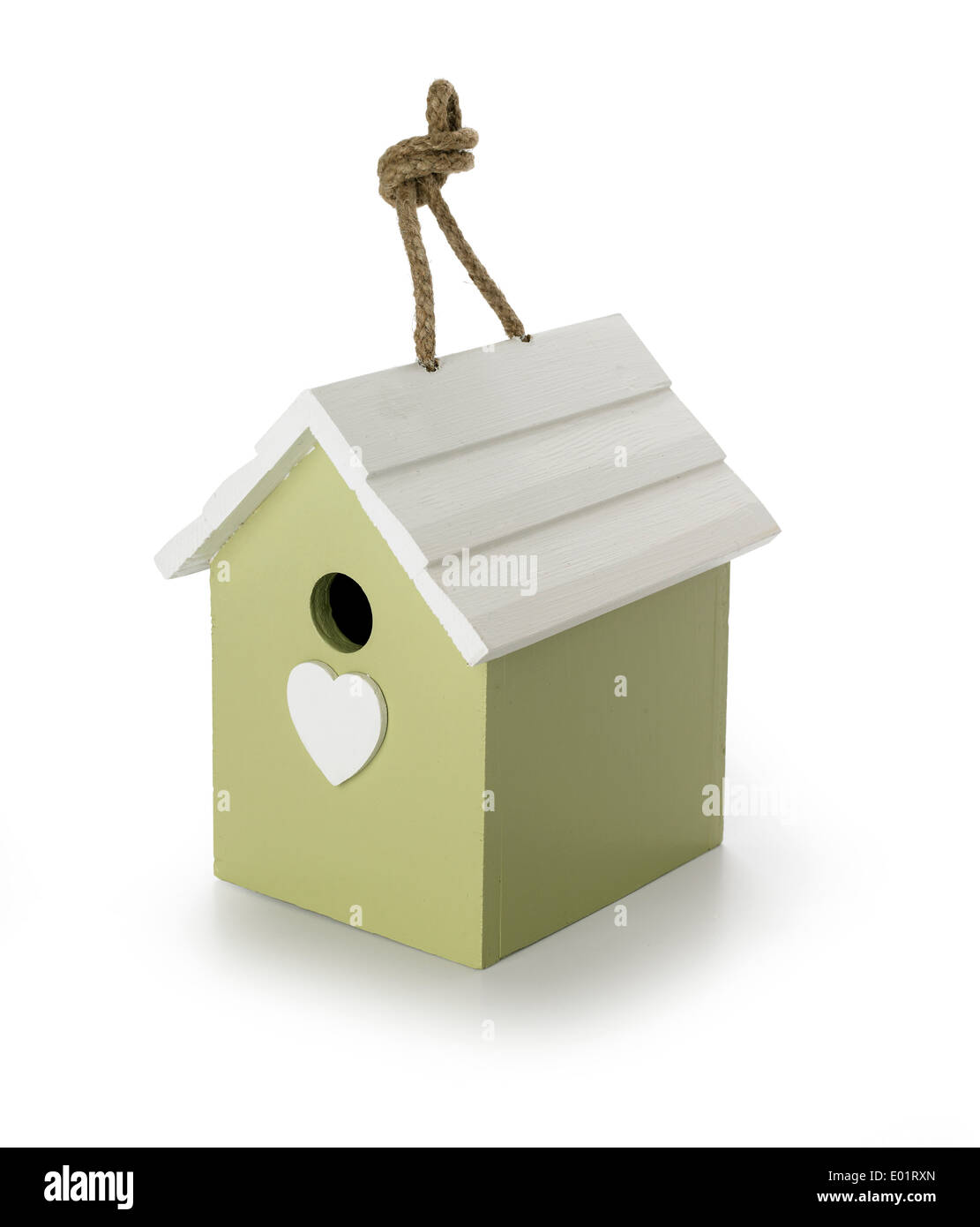 vogelhaus mit seil zum aufhängen stockfoto, bild: 68882205 - alamy