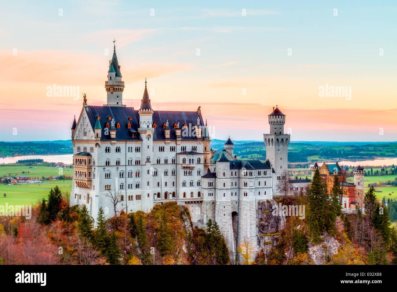 Märchen Schloss Neuschwanstein Bei Sonnenaufgang Im Oktober