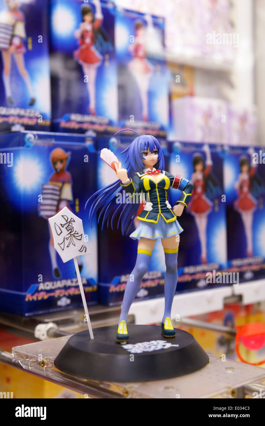 Aquapazza-Action-Figur, Anime-Videospiel-Charakter in eine Spielhalle in Tokio, Japan. Stockbild