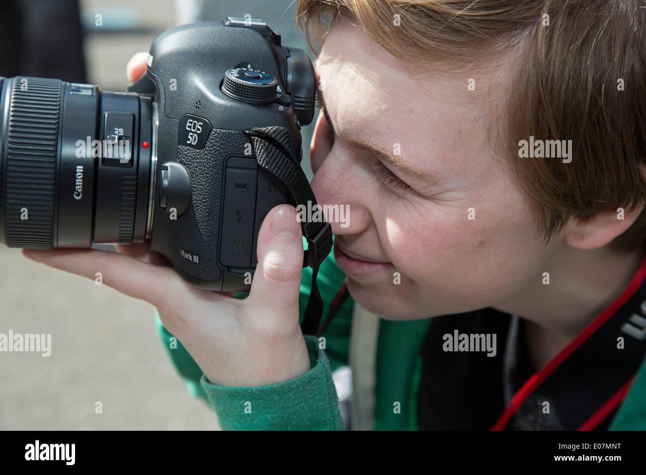 Detroit, Michigan - Fotograf dokumentiert den Segen von Lowridern, eine jährliche Veranstaltung im Südwesten Detroit. Stockbild