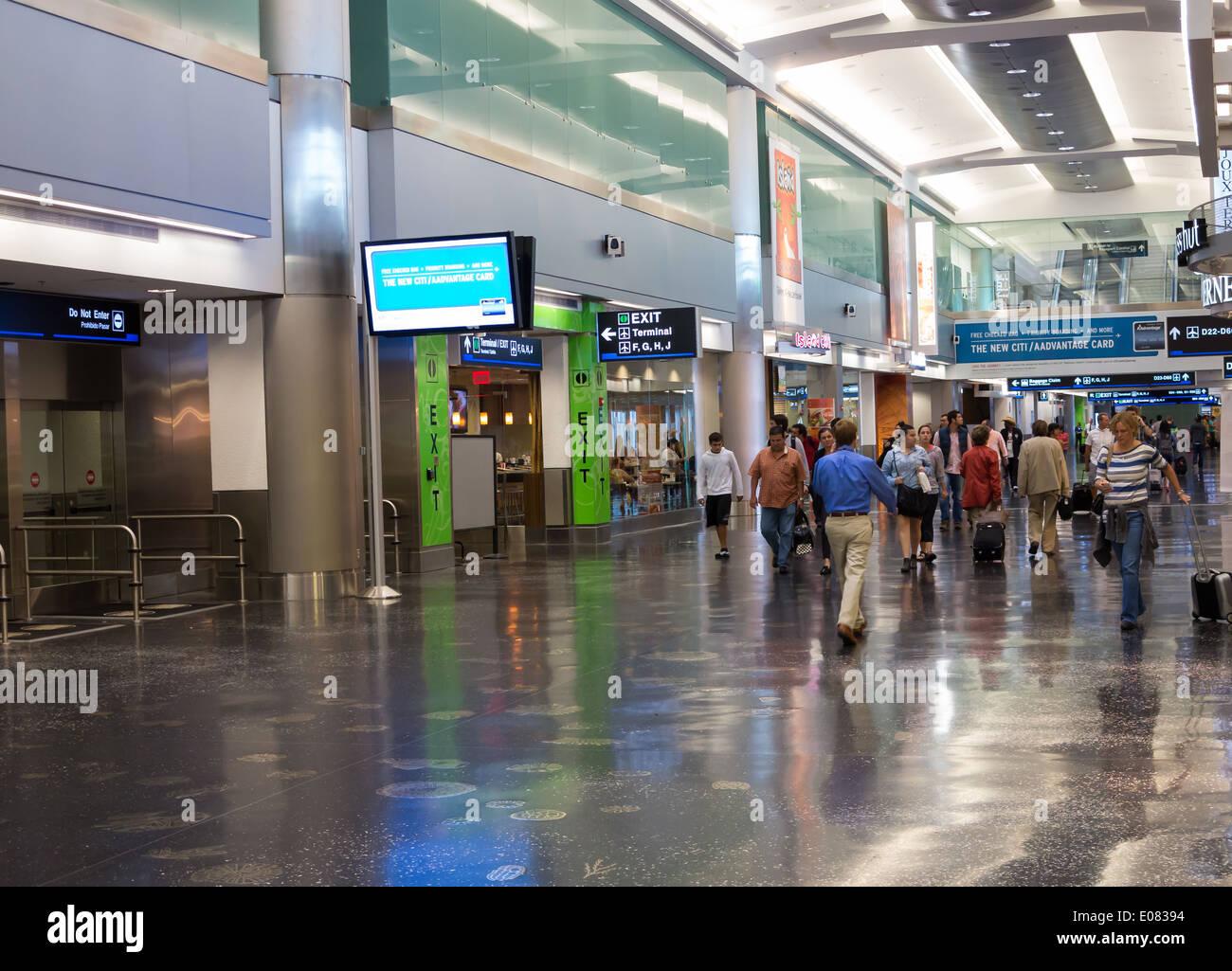 neue american airlines terminal des flughafens miami intl