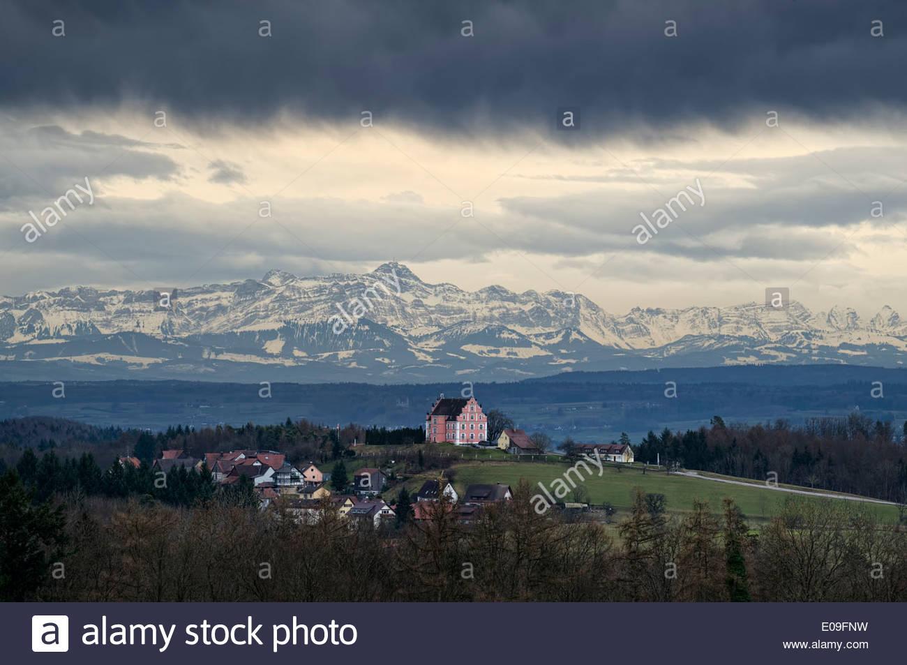 Deutschland, Baden.Wurttemberg, Blick über Bodanruck mit Schloss Freudenthal Stockbild