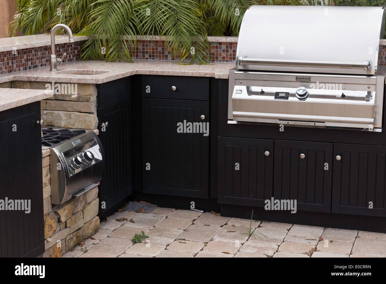Outdoor Küche Aus Usa : Kitchen inventory stockfotos & kitchen inventory bilder alamy