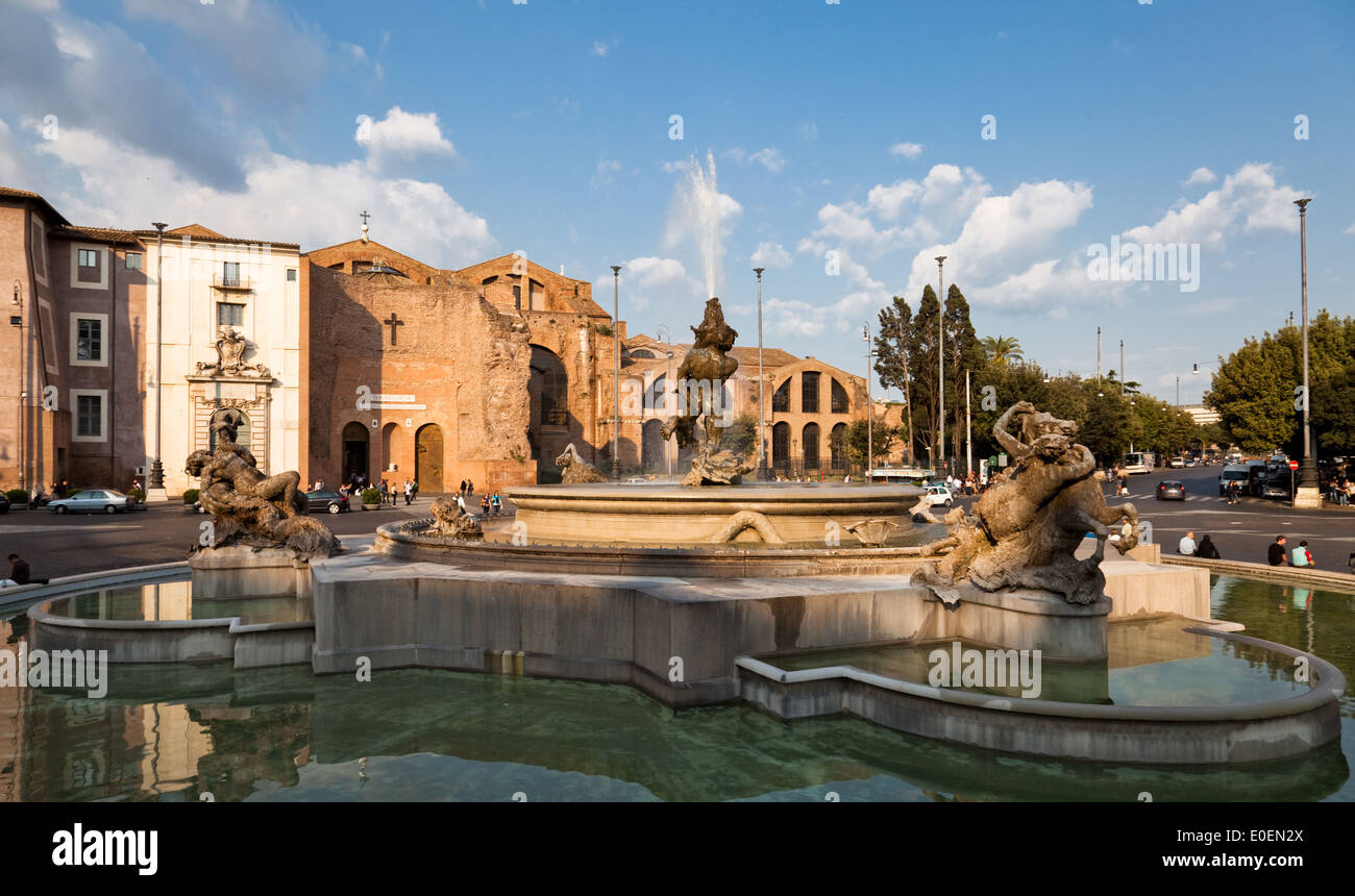 Fontana Delle Naiadi, Rom, Italien - Fontana Delle Naiadi, Rom, Italien Stockbild