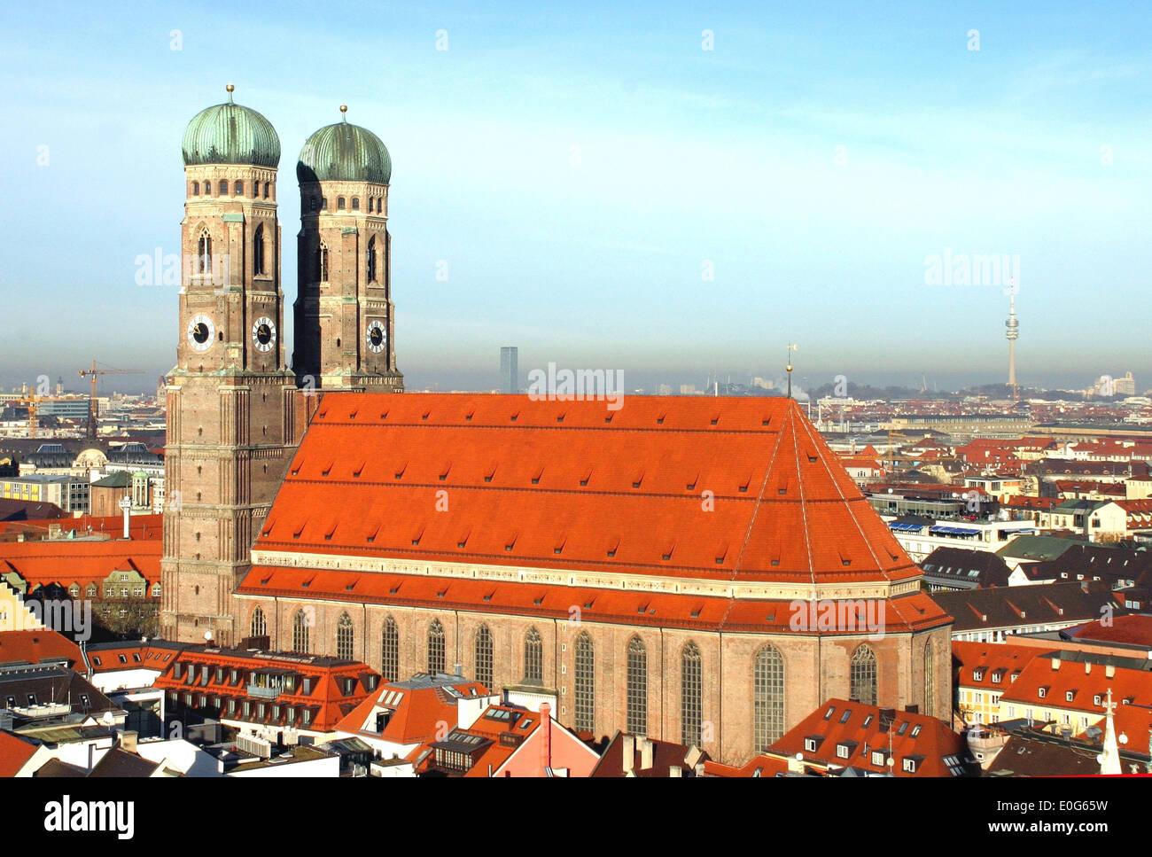 deutschland m nchen frauenkirche und rathaus stockfoto bild 69197573 alamy. Black Bedroom Furniture Sets. Home Design Ideas