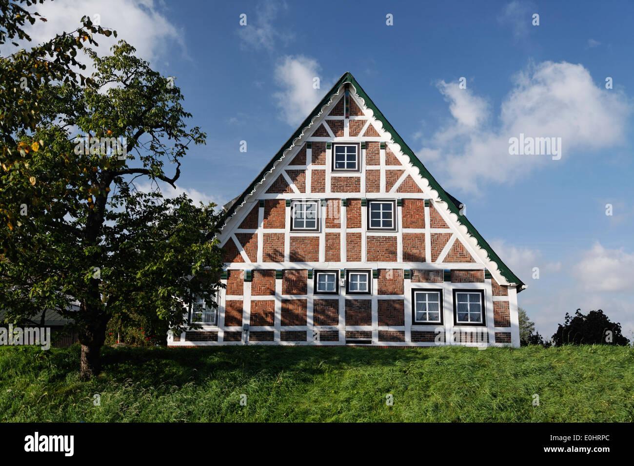deutschland niedersachsen typisches bauernhaus altes land typisches farmhaus nahe hamburg. Black Bedroom Furniture Sets. Home Design Ideas