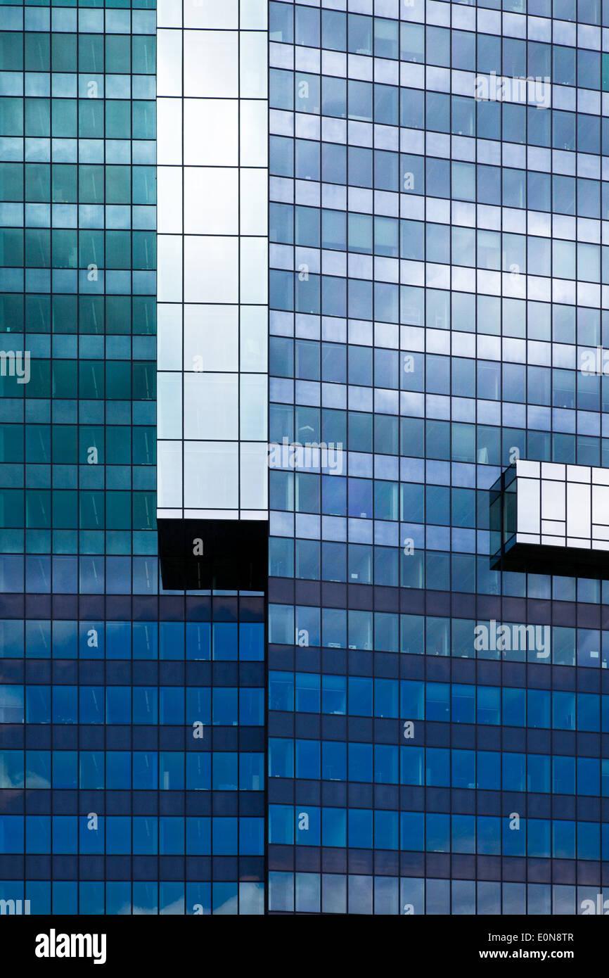 Glasfassade, Büroturm - Glasfassade, Büroturm Stockbild