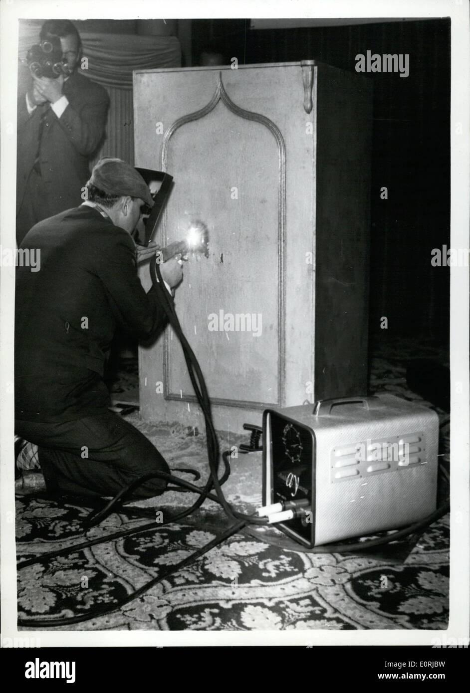 11. November 1959 - weltweit kleinste Schweißen Transformator ...