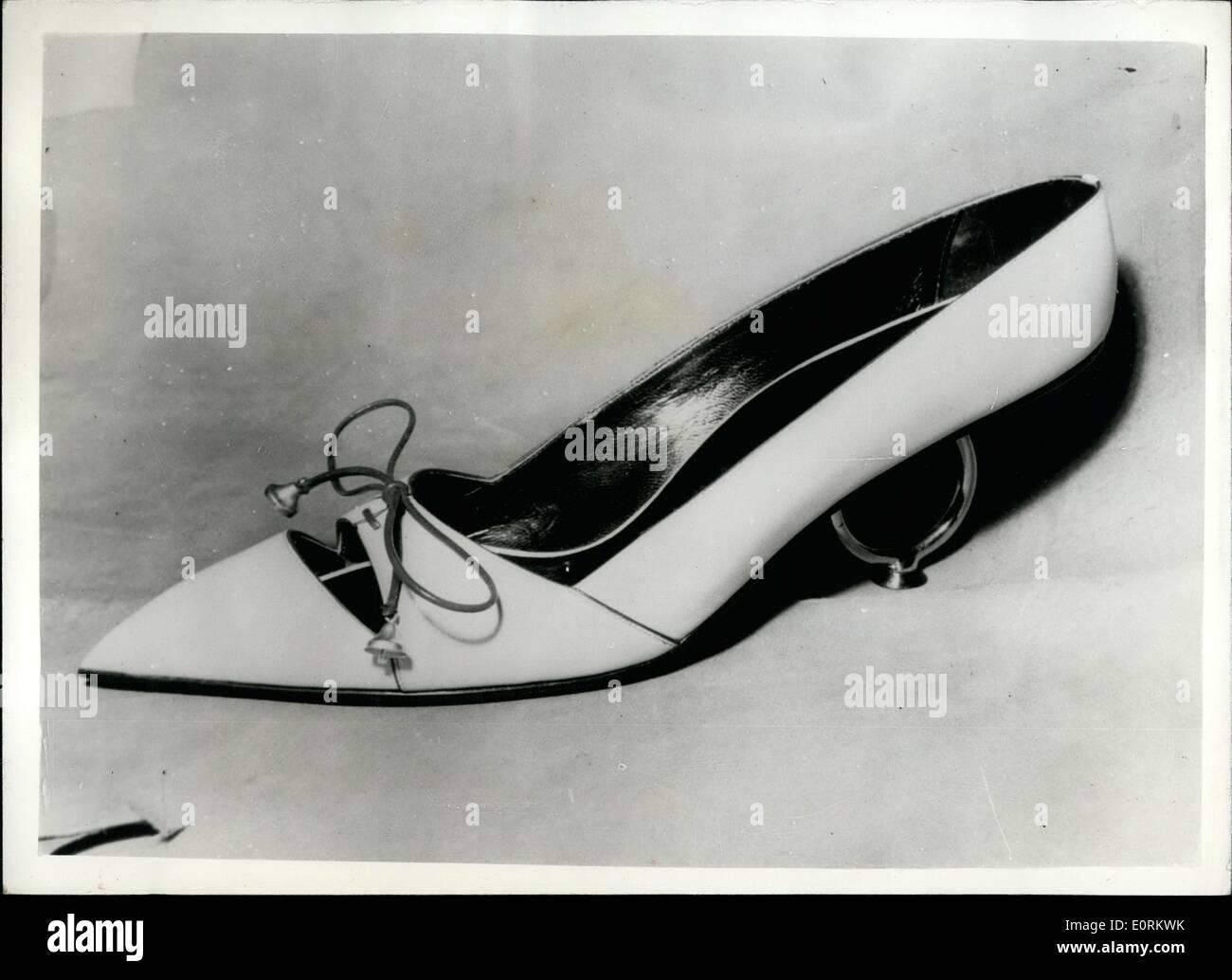 1. Januar 1960 - die neuesten Schuh-Neuheiten - aus Italien. Lang ...