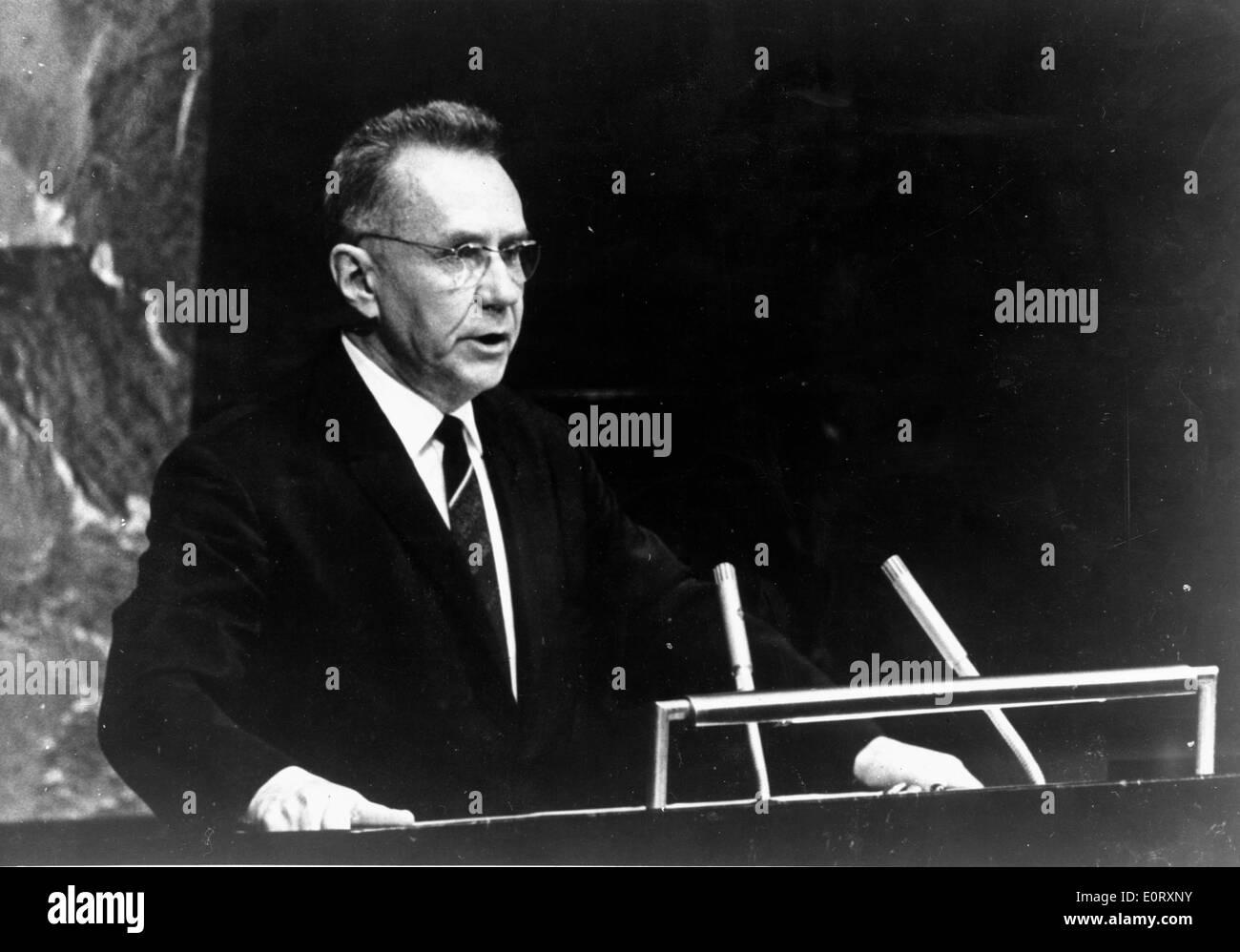 Alexei Kosygin spricht vor UN-Vollversammlung Stockbild