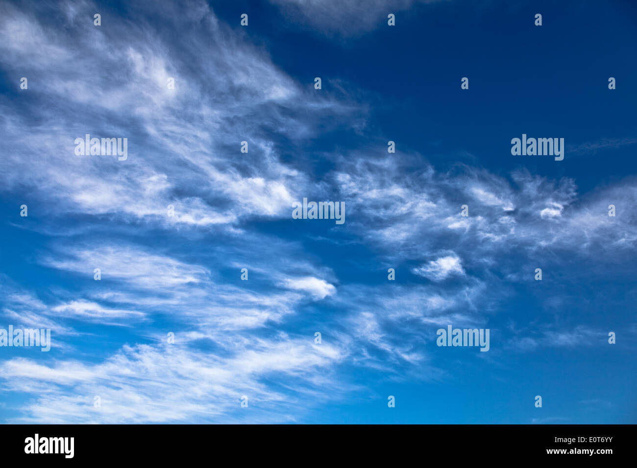 Wolken bin Himmel - Wolken am Himmel Stockbild