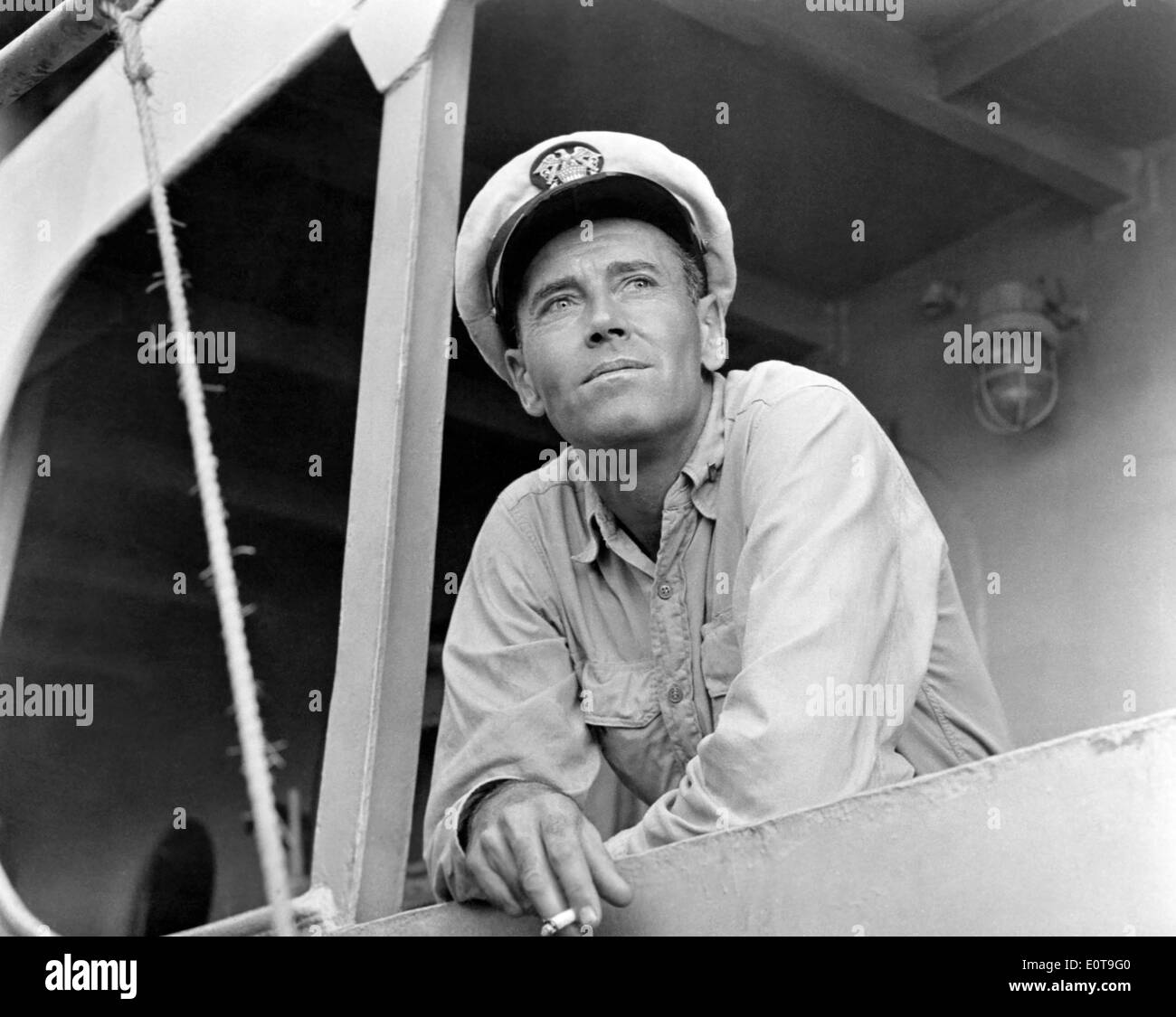 "Henry Fonda, am Set des Films, ""Mister Roberts"", 1955 Stockbild"