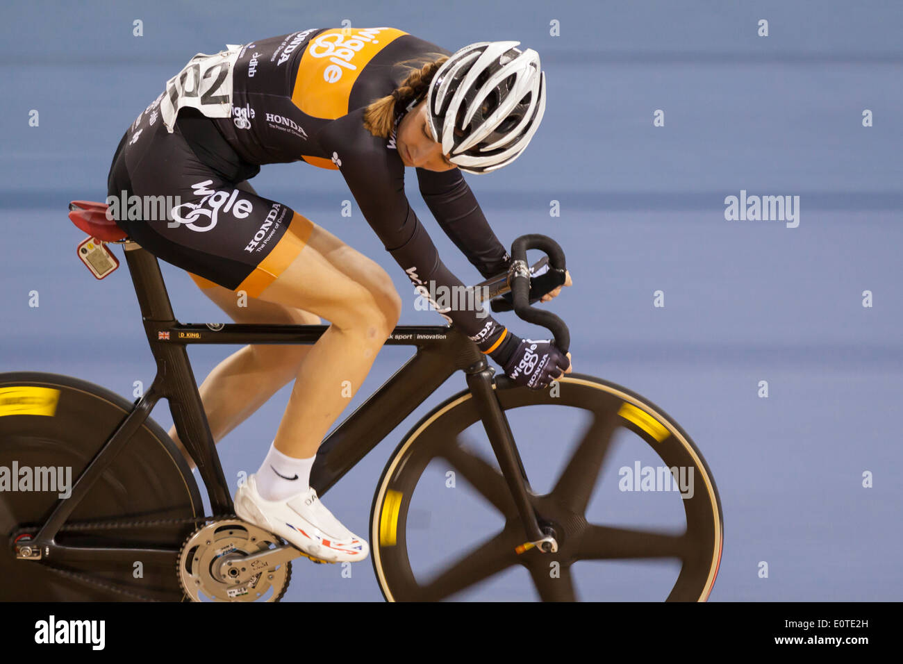 Dani König konkurriert in der Frauen Omnium Revolution 5 2014, Lee Valley Velopark, Stratford Stockbild