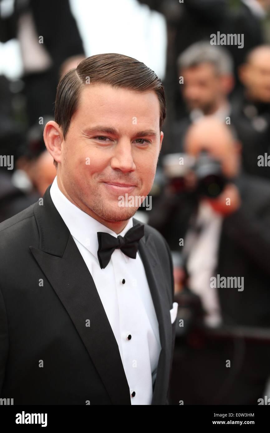 """Schauspieler Channing Tatum besucht die Premiere von """"Foxcatcher"""" während der 67. Internationalen Filmfestspiele von Cannes am Palais des Festivals in Cannes, Frankreich, am 19. Mai 2014. Foto: Hubert Boesl /dpa - kein Draht-Dienst- Stockbild"""